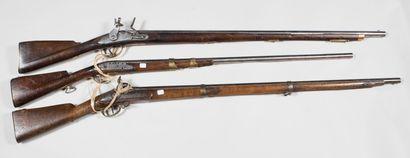 Lot de trois fusils pour pièces, mauvais...