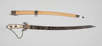 Couteau de chasse, poignée plaquettes ivoires...