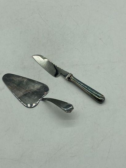 Christofle.  Service à fromage en métal argenté...