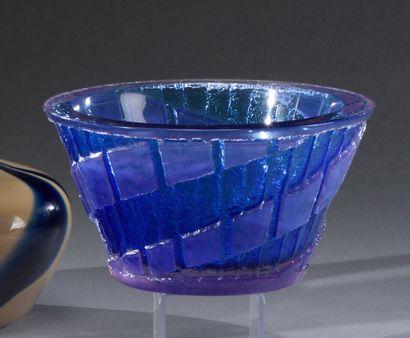 SCHNEIDER  Coupe à corps conique en verre...