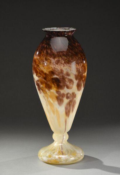 Charles SCHNEIDER (1881-1953)  Vase balustre...