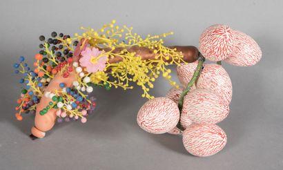 Henry UGHETTO (1941-2011).  Pénis.  Technique mixte, assemblage en plastique peint...