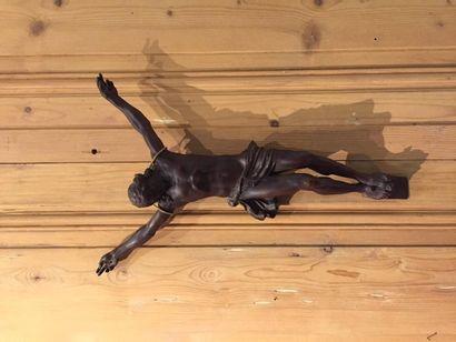 Christ en bois sculpté.  XVIIIème siècle....