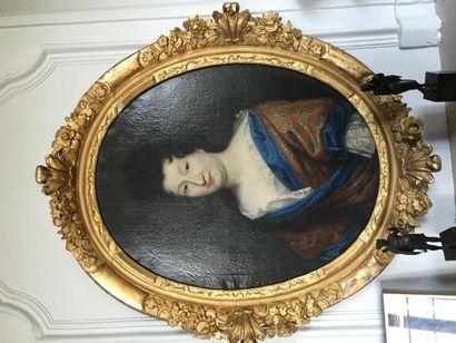 Portrait à vue ovale d'une femme de qualité...