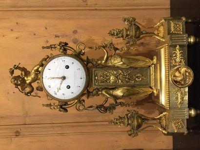 Belle pendule borne en bronze ciselé et doré,...
