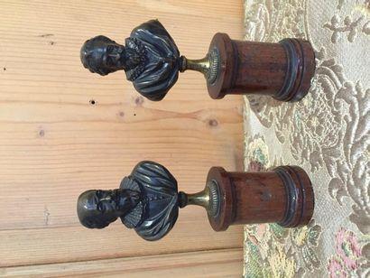 Henri IV et Sully, paire de bustes en bronze...