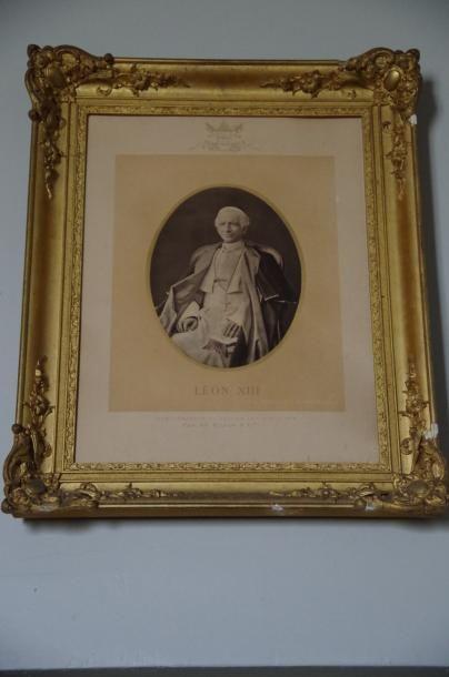 Léon XIII, photographie du Pape assis.  Beau...