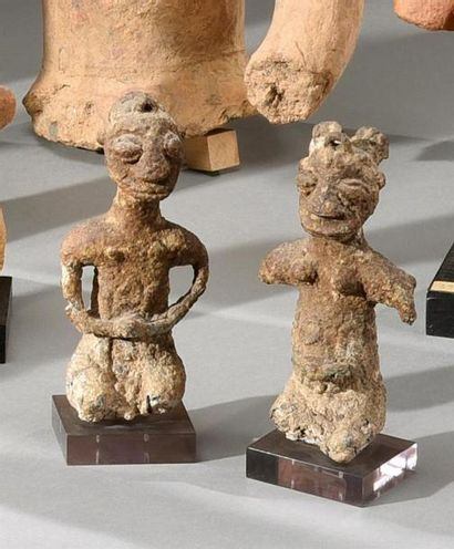 Lot de deux statuettes de type Ogoni, Nigeria...