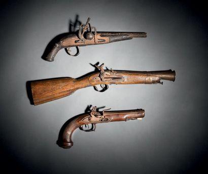 Pistolet à silex d'officier. Canon à pans,...