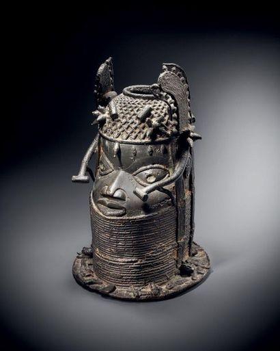Tête commémorative Royale, Edo, Royaume du...