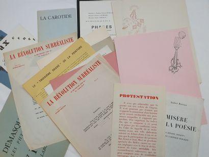 Lot de documents et tracts surréalistes et...