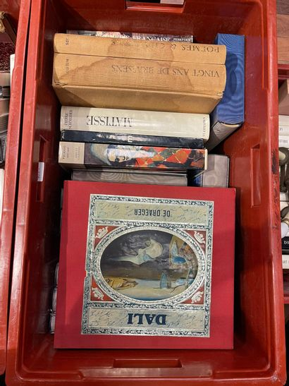Quatre caisses de livres beaux-arts L. Fini,...