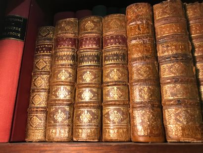 Etats de la France Trois volumes Reliures...