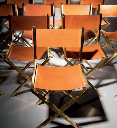 TRAVAIL FRANÇAIS Suite of twelve chairs with gilded flat blade structure, straight...