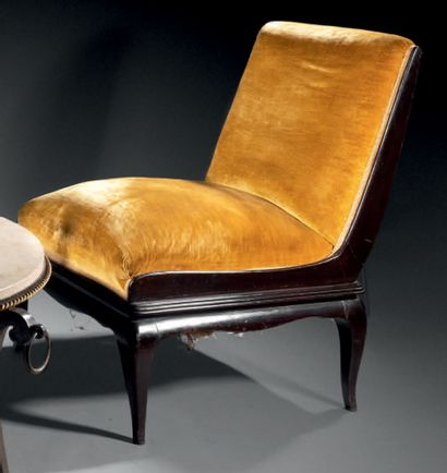 René PROU (attribué à) Pair of mahogany painted wood armchairs with straight back...