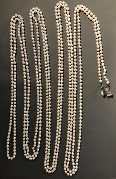 Angela Pintaldi Angela Pintaldi Collier Perles, diamants noirs, aigue-marine et météorite...