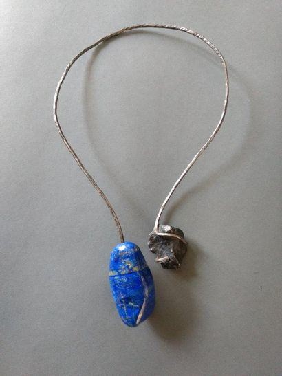 Angela Pintaldi Angela Pintaldi Collier Argent et lapis-lazuli Poids brut : 200,3...