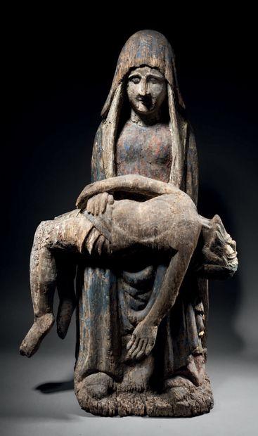 Vierge de Pitié en chêne sculpté et polychromé,...