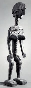 Ɵ Belle statuette féminine dite Jonyeleni, Société du Jo, Bamana, Mali Époque présumée...