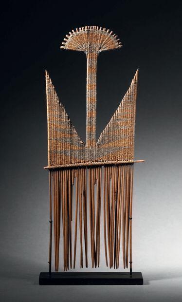 Peigne, Vanuatu Bois, fibre d'osier H. 23...