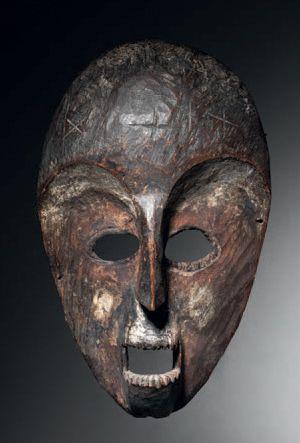 Ɵ Masque Lega à la bouche rectangulaire, République Démocratique du Congo Vers 1900...