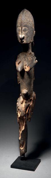 Ɵ Statue Dogon féminine debout, Mali Epoque...