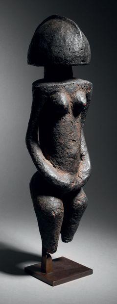 Statue, Dogon, Mali Bois à épaisse patine...