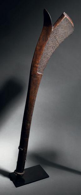 Massue Sali, Iles Fidji Bois H. 103 cm Sali...