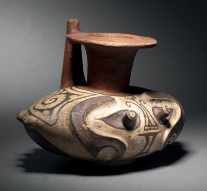 VASE IN THE SHAPE OF A CRAB WITH A TAPERED...