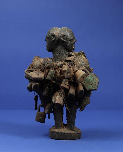 Figure votive représentant deux personnages...