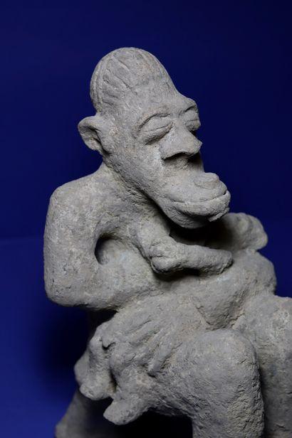 Importante et rare maternité dite hàrberé liée au culte de Màar, représentant une...
