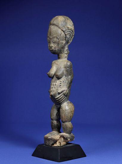 Belle statue féminine blolo bla (épouse...