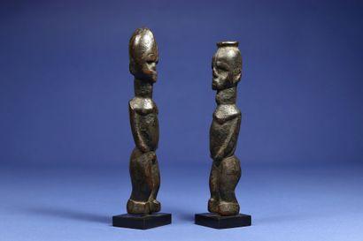 Paire de statuettes de divination ou de...