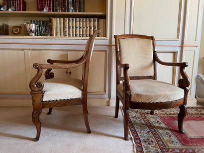 Pair of armchairs In natural wood Scrolled armrests Restoration period