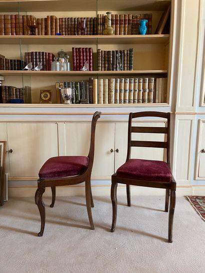 Paire de chaises En bois de placage Dossier...