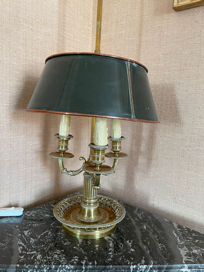 Hot water bottle lamp In gilded bronze With three lights Electricity