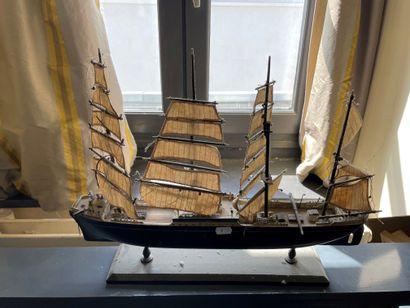 Maquette de bateau au long cours Quatre mats...