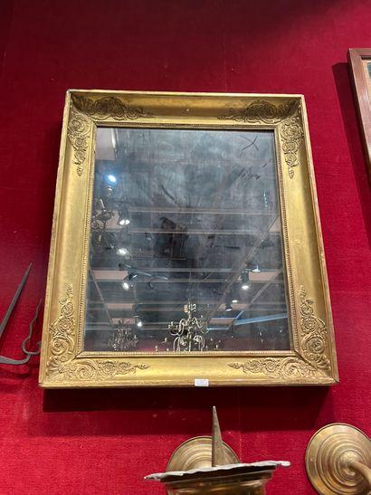 Grand miroir En bois stuqué doré A décor...