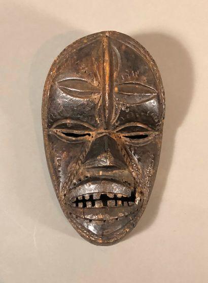 Masque de type Dan Guere, Côte d Ivoire  Bois...