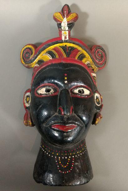 Masque Orissa, Inde  Bois, peintures, clous,...