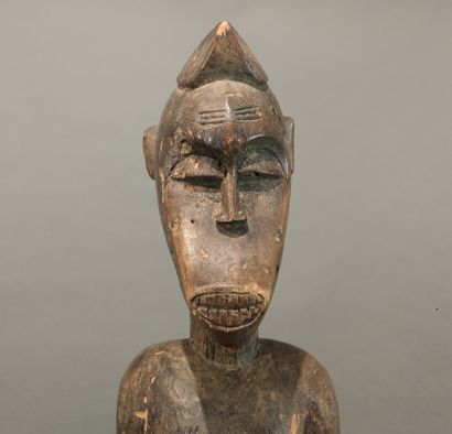 Statue féminine de type deble Senoufo, Côte...
