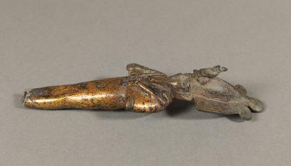 Osiris  Bronze partiellement doré. Pieds manquants. Sourcils incrustés d argent....