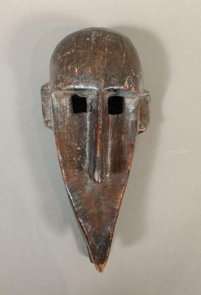 Masque Bambara, Mali  Bois à patine brune...