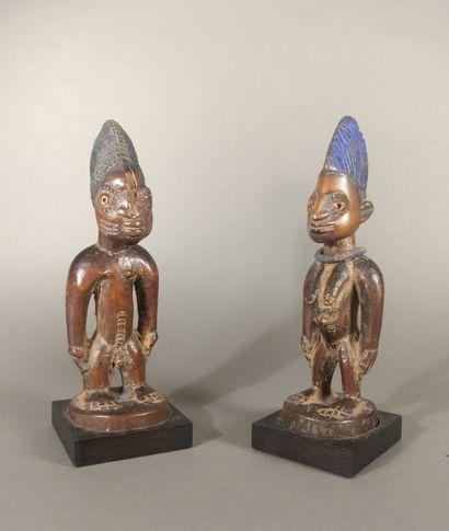 Deux figures Ibeiji, Nigéria  Bois, pigments...
