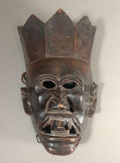 Masque Tuting, Arunachal Pradesh, Népal  Bois...