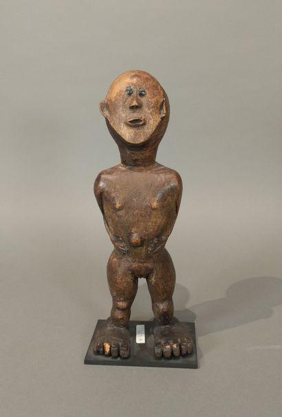 Statue, Afrique de l Est (?)  Bois à patine...