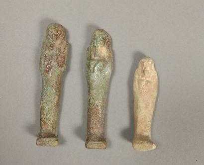 Lot comprising two oushebtis bearing a hieroglyphic...