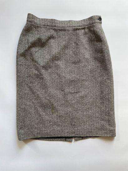 YVES SAINT LAURENT Jupe mi longue en laine...