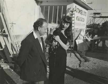 Alexandre Trauner et Juliette Gréco portant...