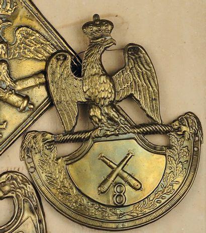Plaque de schako du 8e Régiment d'Artillerie...